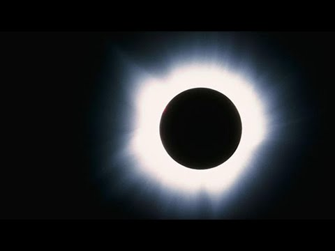 How to Make a Pinhole Projector to View the Solar Eclipse