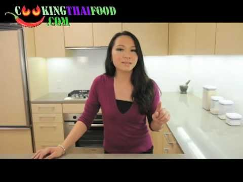 How to Make Thai Chicken Salad Recipe – Thai Food Larb Gai Recipe