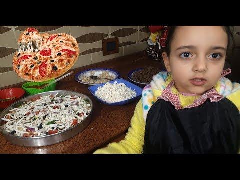 صورة  طريقة عمل البيتزا طريقة عمل بيتزا الفراخ وبيتزا اللحمة طريقة عمل البيتزا بالفراخ من يوتيوب