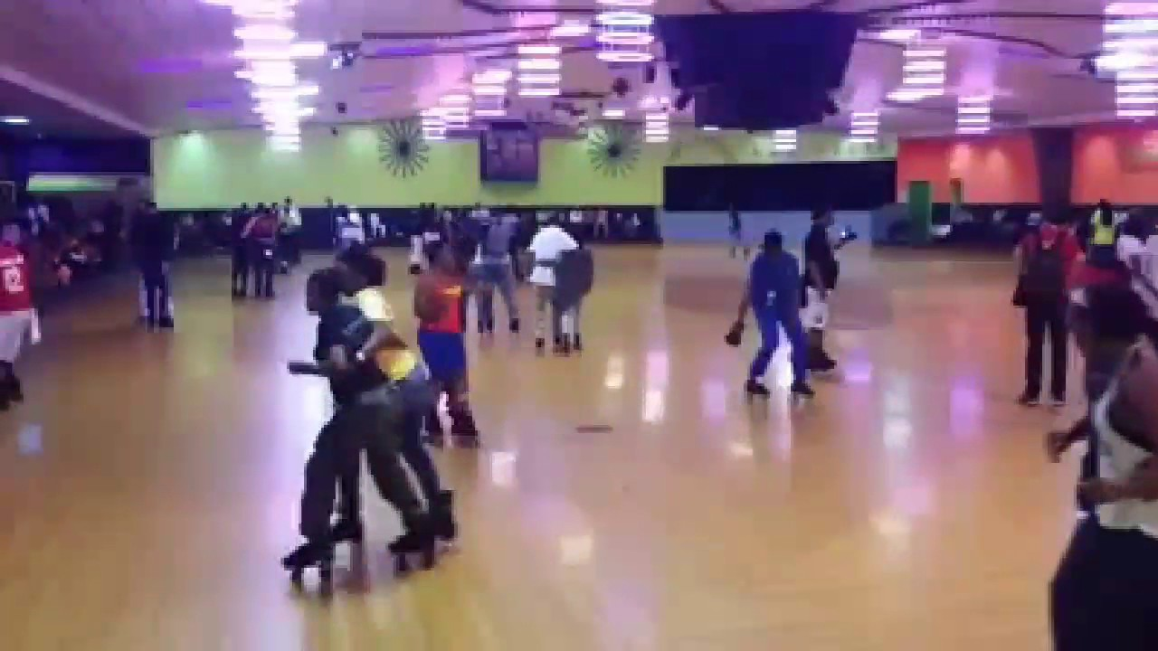 Roller skating rink huntsville al - Rolling In Bama Me Tierra Doggpound