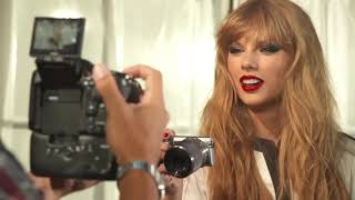 Video Taylor Swift - Gorgeous (MUSIC VIDEO) download MP3, 3GP, MP4, WEBM, AVI, FLV Januari 2018