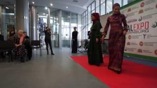 Показ платьев на HALAL EXPO в Екатеринбурге