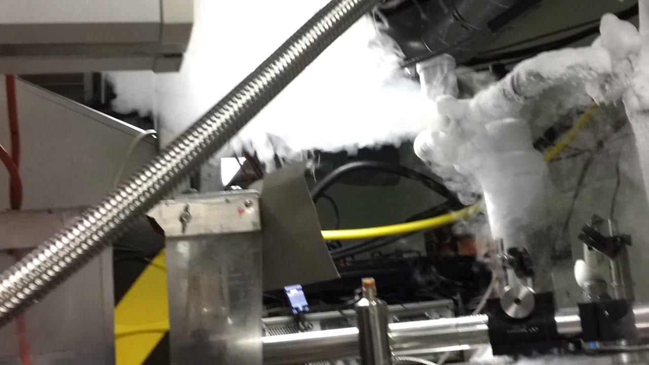 Liquid Helium Magnet Fill - YouTube