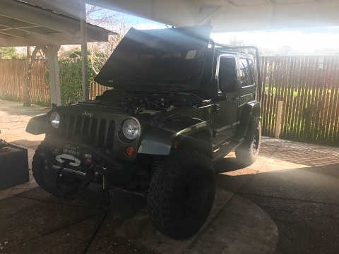 Replacing the Engine in a Jeep Wrangler 3.8 Liters