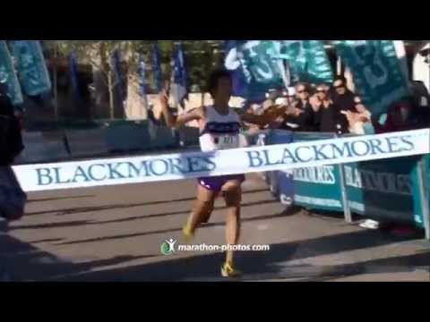 Tah Man runs the Sydney Marathon 2013