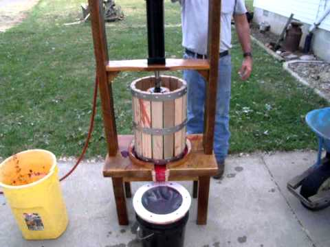 Rustic wine press youtube for Home wine press