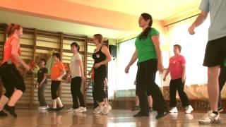 Mo-Move Dance: Bemelegítő / Incalzire