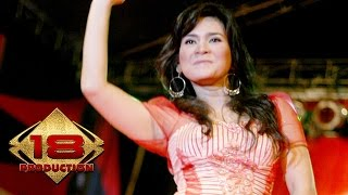 Ikke Nurjanah - Senyum dan Hatimu (Live Konser Blitar 28 Januari 2006)