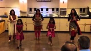 Yeh to sach hai ke Bhagwan hai - Family Dance