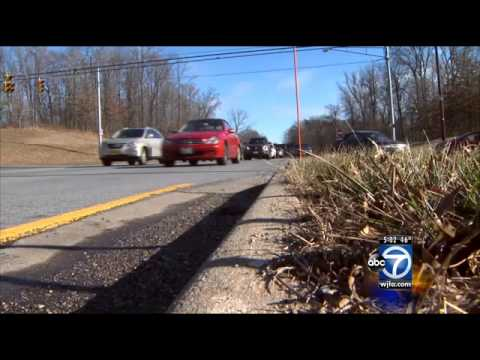 Woman fatally struck on Suitland Parkway