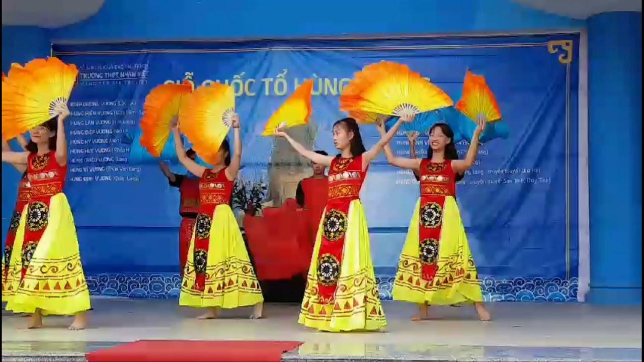 Trường Nhân Việt – Tổ chức Giỗ Tổ Hùng Vương