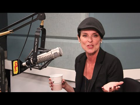 Lisa Stansfield on Not Looking Like She Sounds, Slapping Prince in the Face