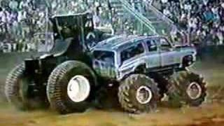Super Pete Monster Truck Demo Derby From Bremerton '97 pt.2