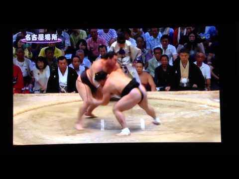 白鵬 vs 日馬富士