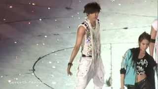 120818 SMTOWN EXO-K KAI 'Dance battle'