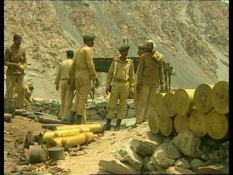 Pakistan and India Under the Nuclear Shadow