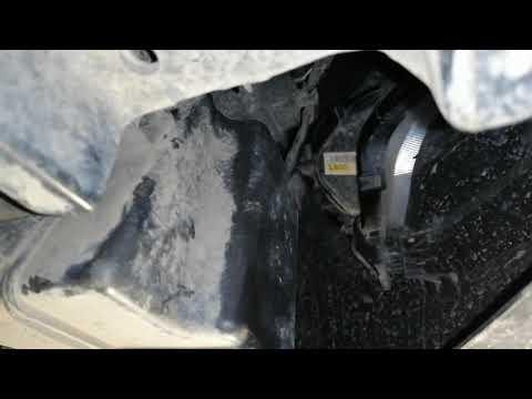 Hyundai Solaris Замена лампочек ходовых огней (необычный способ)