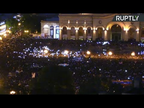 Crowds flood streets of Yerevan as PM Sargsyan resigns after