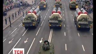 На парад виїхала потужна військова техніка, яку потім направлять на Схід України