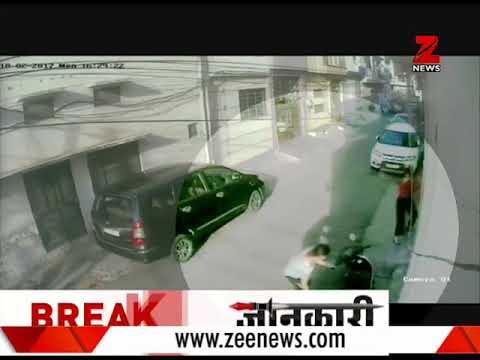 Ludhiana, Punjab: Chain snatching video goes viral |लुधियाना में चेन खींचने की वारदात का वीडियो