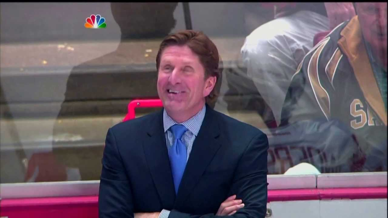 Mike Babcock and Damien Brunner have a laugh over the Saku ...