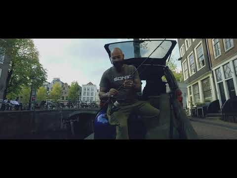 Urban carp fishing in Amsterdam with the Sonik Xtractor 10ft rods