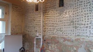 Укладка плитки на стену с краской. Грунтовка стены.(Подготовка стен.перед укладкой. Старая плитка с 1963 г укладываю также новую. на крашенную стену ., 2014-12-04T10:56:56.000Z)