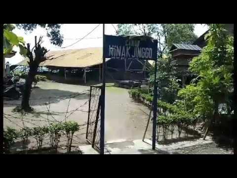Candi Minak Jinggo Peninggalan Majapahit