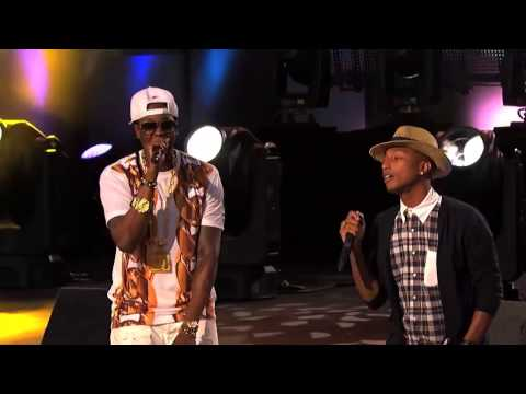 2 Chainz Performs 'Feds Watching' feat. Pharrell Williams
