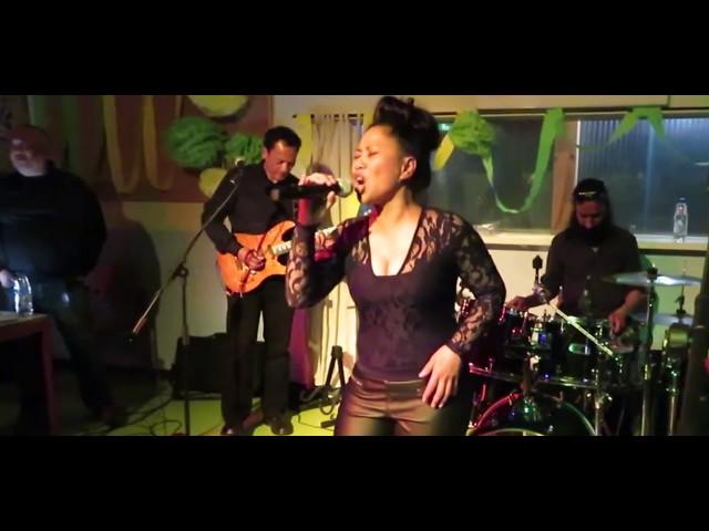 Ilse Setroredjo ft. Flavor -  Live