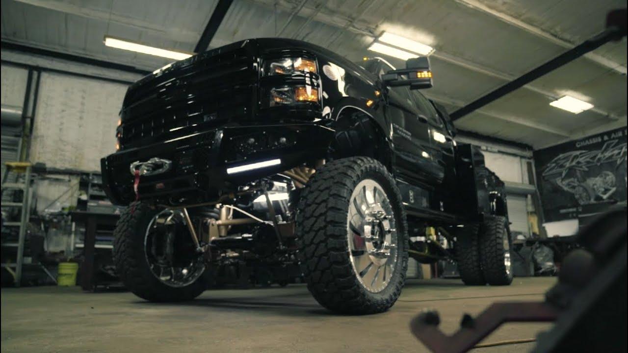 Rockford Fosgate X Ekstensive Metal Works Chevy 5500 Hd Youtube