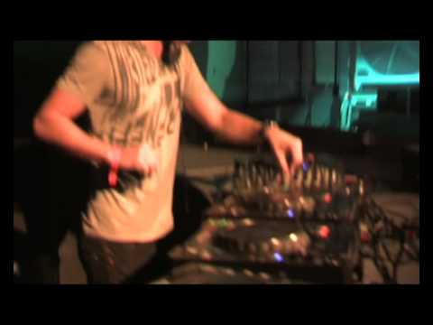 Клип Richard Durand - Into Something