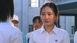 Video How North Korean Girls Settle a Dispute download MP3, 3GP, MP4, WEBM, AVI, FLV Februari 2018