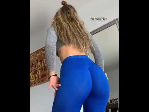 Do You Like Blue Leggings?