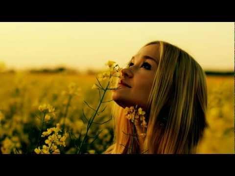 Chriss Ronson feat Adri - Don't Look Down (Raise Spirit Remix)