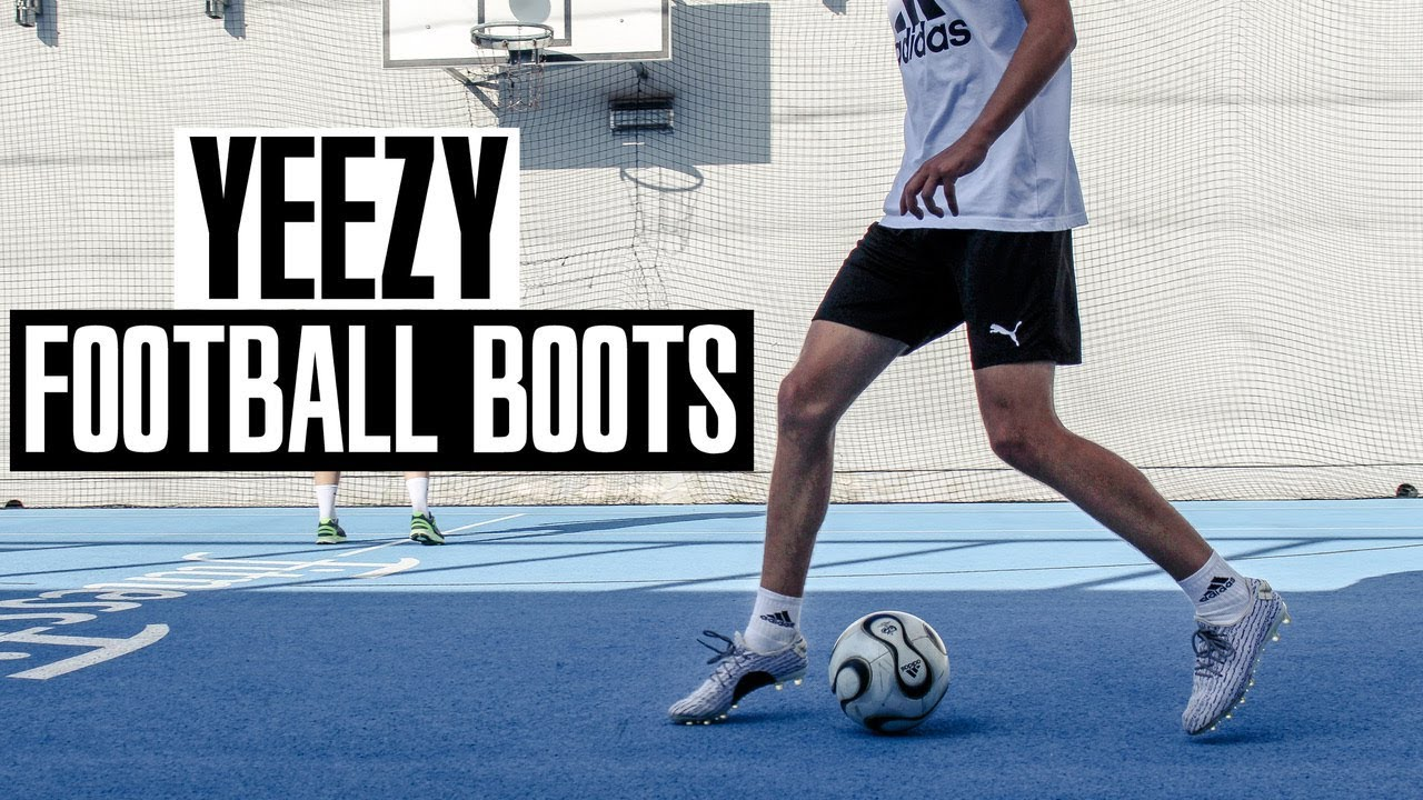 74b97bfd887a28 30  Adidas Yeezy 350 Boost football boots