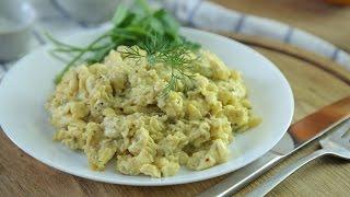 Идеальный способ приготовить классическую яичницу-скрэмбл  [Simple Food - видео рецепты]