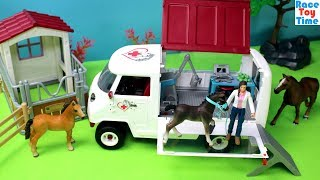 Schleich Horse Mobile Vet Van with Foal Playset