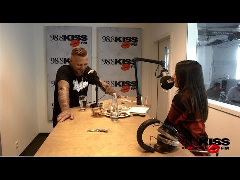 Talk oder Tattoo: Kontra K in den German Beats bei Gizem