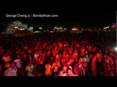 Surinaamse jongeren zingen Volkslied uit volle borst op BOMVOL Onafhankelijkheidsplein Suriname [HD]
