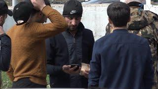 ՔՊ - ի աջակիցը` գումարը ձեռքին, շրջում է Տեղի ընտրատեղամասի մոտակայքում. ZangezurTV