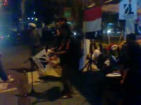 Penari jalanan   Oi Jakarta Timur Peduli Bencana Banjir