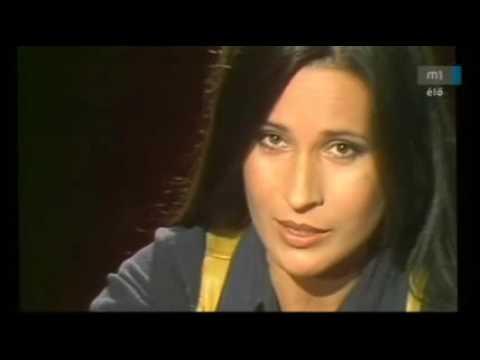 Koncz Zsuzsa - Csók nélkül képtelenség.. . - YouTube
