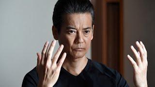 殺し屋の折壁嵩男(唐沢寿明)は、元は大学病院の優秀な外科医。医療の...