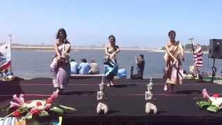 Sao lao Lanxang dancing at the Boat racing festival, San Diego, september 6th, 2014