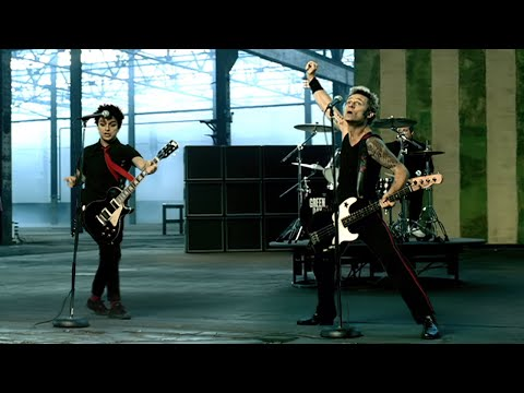 Green Day - American Idiot [Official Music Video]