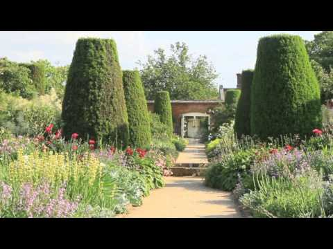 Most Beautiful Rose Gardens In The World worlds most beautiful rose gardens - garden no 1 - mottisfont rose