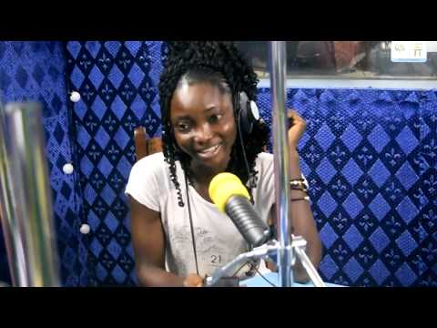 SPORTFM TV - HAPPY HOLLYDAY : BLANCHE LA CAPITAINE ADJOINT DE BLACK STONE INVITEE PAR ROMEO YETOR
