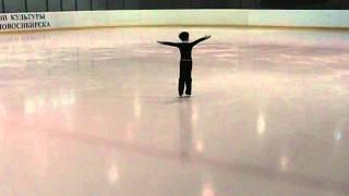 юный фигурист, 4 года