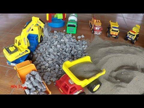 Trò chơi xe máy xúc cát đen đá xanh lên xe ben Đồ chơi xe ô tô xây dựng MN Toys